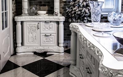 Biała kuchnia rzeźbiona
